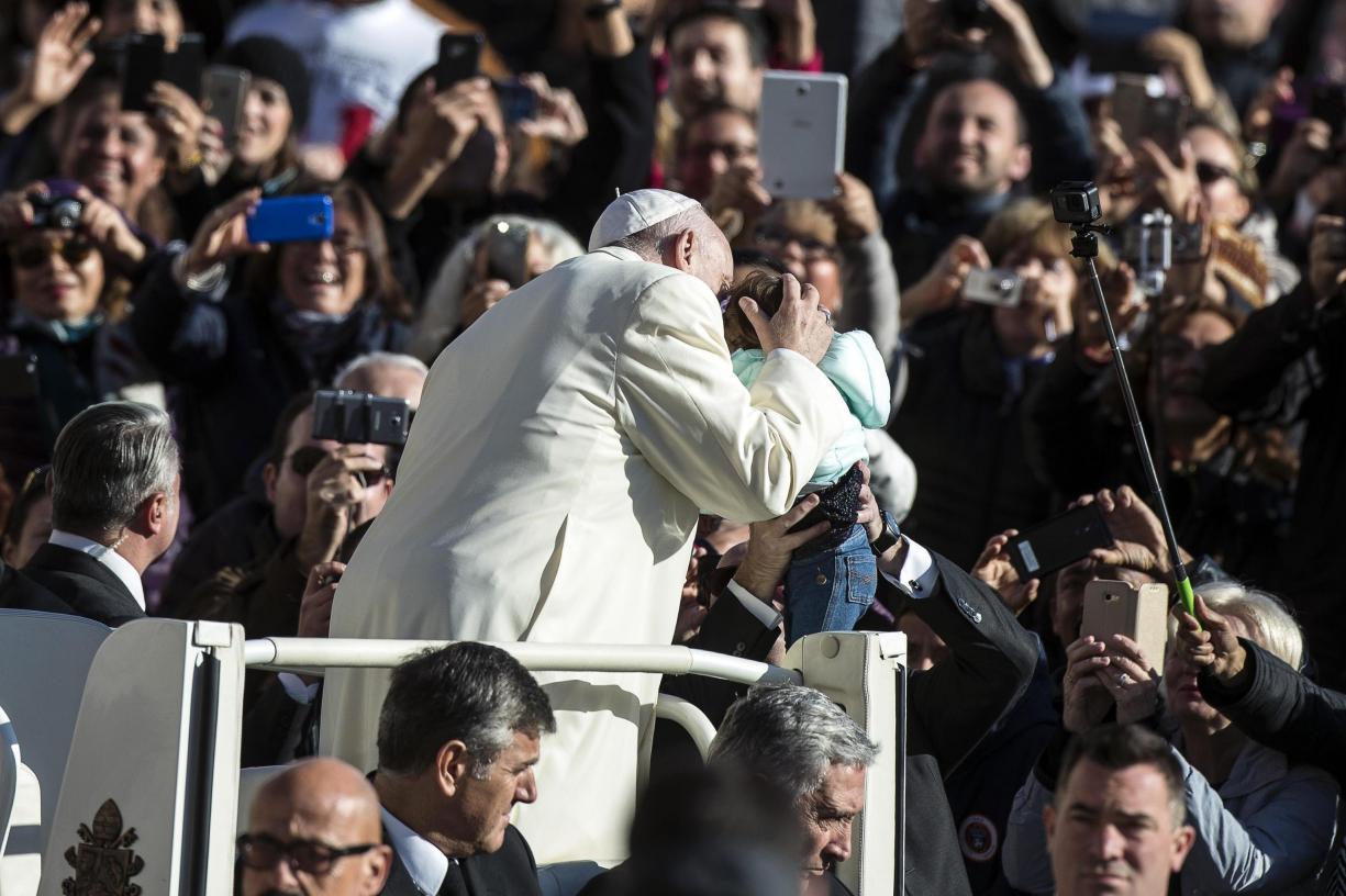Papa decide proibição de venda de cigarros a funcionários — Vaticano