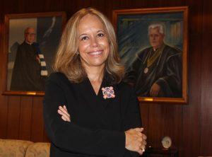 UCP: Isabel Capeloa Gil distinguida com Prémio «Alumni» da Faculdade de Letras de Lisboa