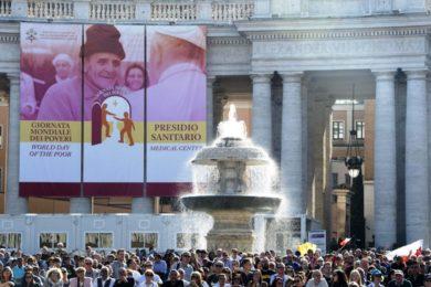Vaticano: Papa convida 3 mil pessoas pobres para almoço