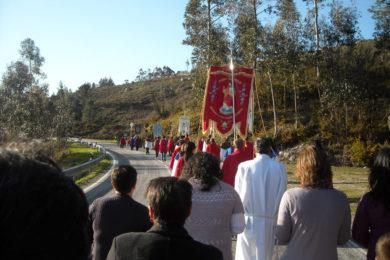 Visita Pascal: Abrir a casa para receber a cruz é tradição em terras do Alto Minho