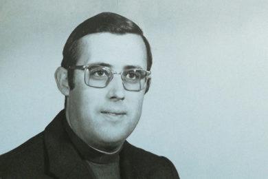 Igreja/Sociedade: Praceta da cidade de Faro recorda o padre João Sustelo