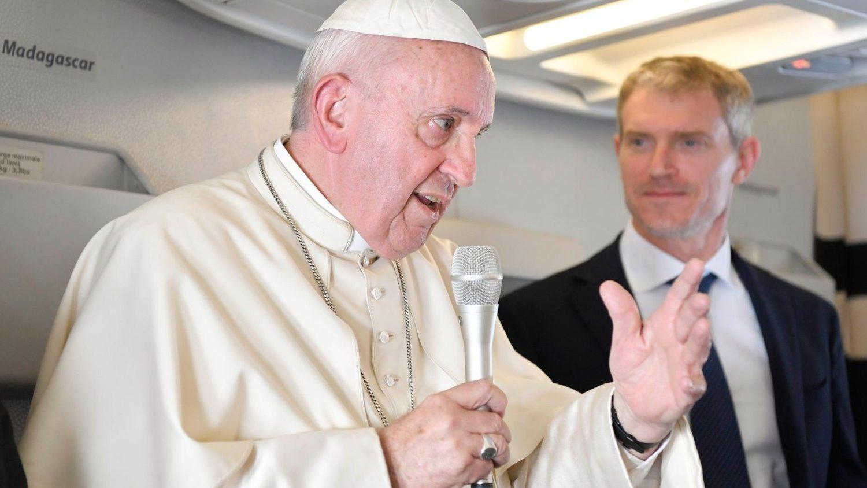 - cq5dam - Em avião, Papa fala de cisma na Igreja, ecologia, Amazônia e sobre os que o chamam de comunista